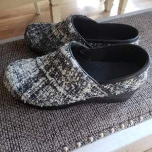 Size 38 nursing shoes